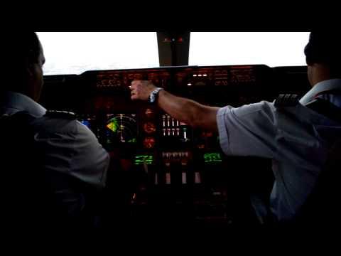 Barbados. Virgin Atlantic B747-400. Landing.