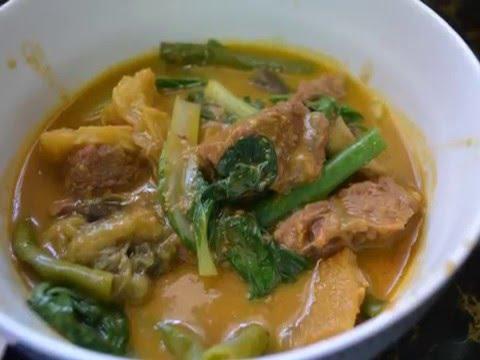 Filipino Dish: BEEF KARE-KARE and BAGOONG ALAMANG