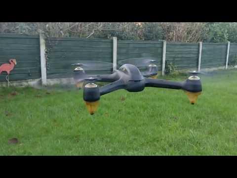 Hubsan with DJI platinum propeller test flight