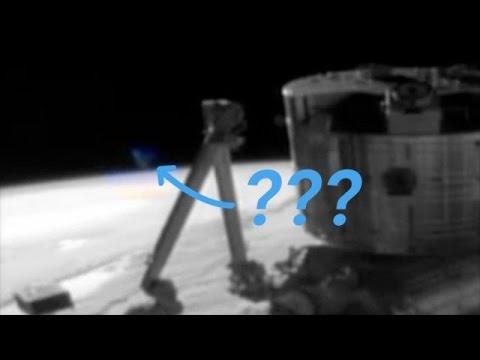 NASA's ISS Feed Accidentally Vindicates Alien Conspiracy Theorists - Newsy