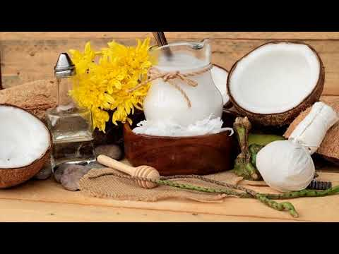 Treat Itchy Skin With Apple Cider Vinegar, Coconut Oil, Clove Oil