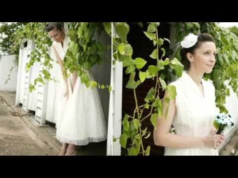 Beaubuttons - Vintage Bridal Button, Brooch Bouquets