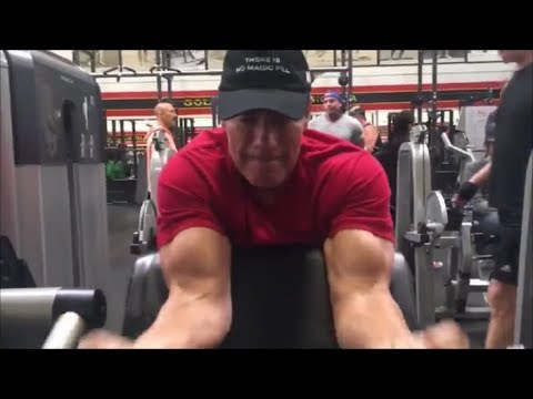 Arnold Schwarzenegger is Back!!!