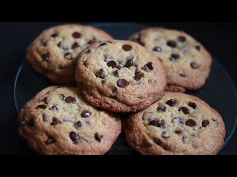 crispy chocolate chip cookies/full crispy in the middle/perfect recipe -- Cooking A Dream