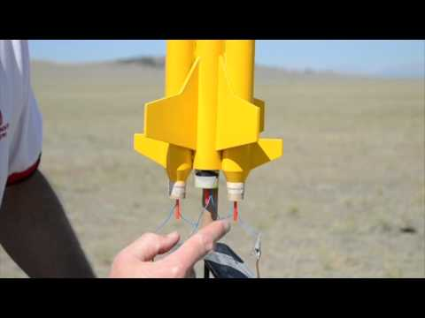 Clustering Model Rocket Engines with Quest Q2G2 Igniters