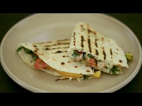 Recipe: How To Make Quick Chicken Quesadillas