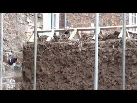 Cob Wall Cornwall www.cornellcob.co.uk How to Build a Cob Wall