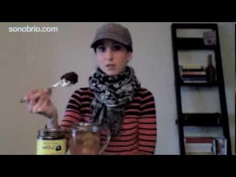 Why drink bone broth & How to make it