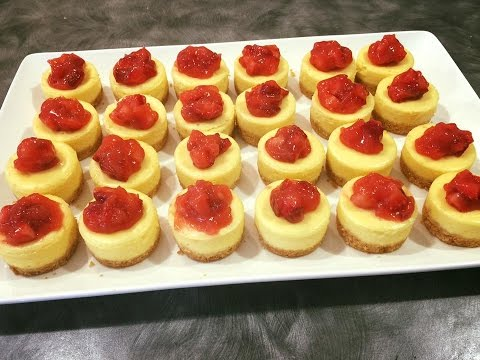 Mini Cheesecake with Strawberry Pie Topping