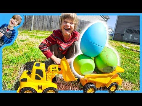 Dump Trucks GiANT Easter Egg Hunt!