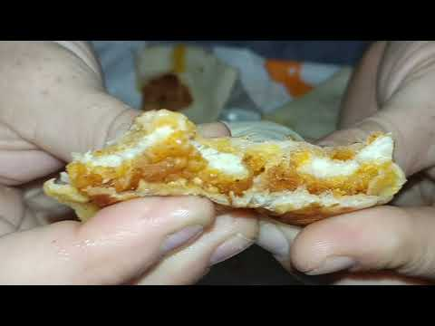 Taco Bell Crispy Chicken Quesadilla review