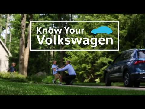 Knowing Your VW: 2018 Volkswagen | Making a Call Using Voice Recognition