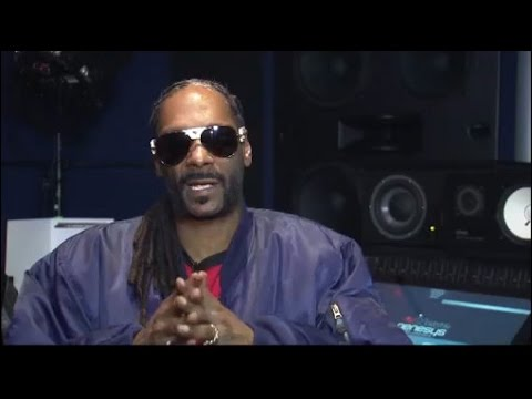 Coach Snoop Dogg and his Youth Football League