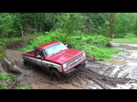 1984 Chevy K20 Play Time!