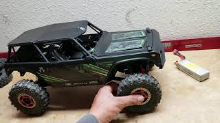 1 9 WRAITH with SCX10 Chassis and Proline Jeep Wrangler