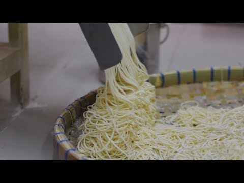 Making Mami Noodles the Traditional Way   Yummy Ph