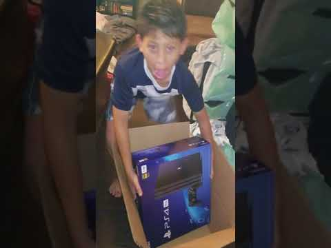Reaction to getting ps4 pro before Christmas