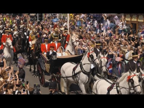 Royal Wedding: Prince Harry and the Duchess of Sussex greet crowds in Windsor