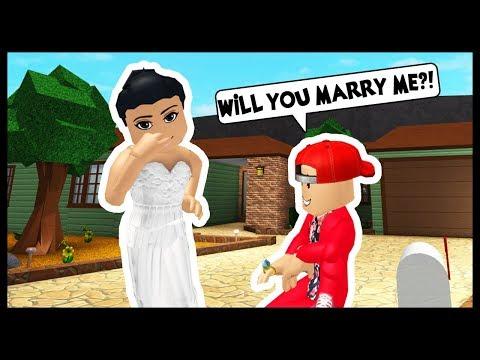 IM GETTING MARRIED...AGAIN?! - Roblox