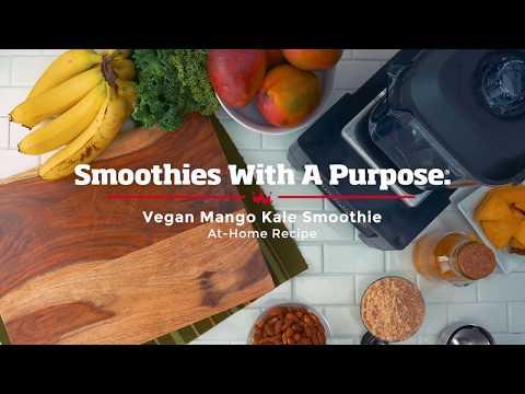 How To Make a Vegan Mango Kale Smoothie
