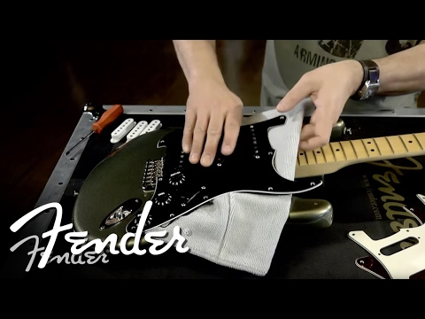 How To | Changing Your Accessory Kit (Pickguard, Knobs & Covers) | Fender