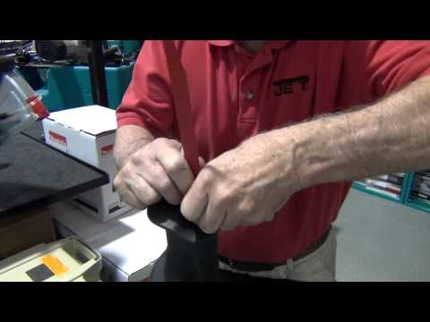 Change a reciprocating saw blade
