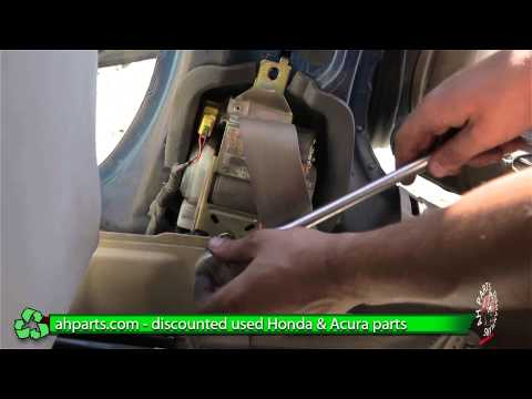 How to replace / change a Seat Belt for a 2001 2002 2003 2004 2005 Honda Civic  REPLACE DIY