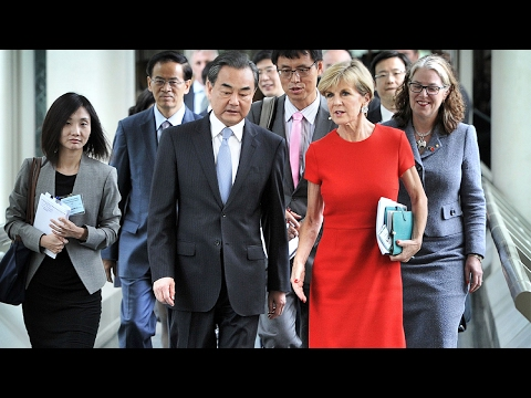 Chinese FM urges global free trade boost on Melbourne visit