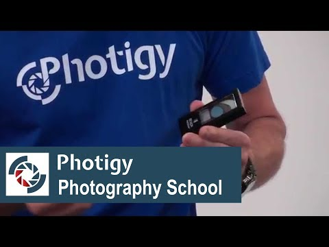 How to easy clean things you will be shooting from sticky labels: quick tip for studio photographers