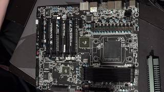 Gigabyte GA-990FXA-UD5 rambling+reassembly video.