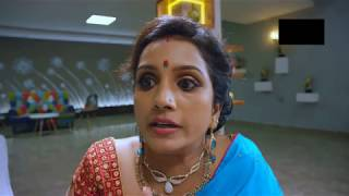 Aunty Big Navel Slips in Saree