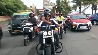 Jacqueline Fernandez, Sidharth Malhotra take bike ride on Mumbai roads