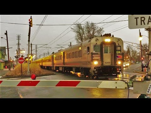 Commuter Trains In Red Bank, NJ