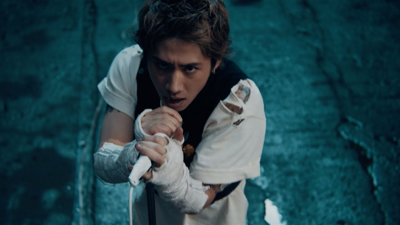 ONE OK ROCK: Renegades [OFFICIAL VIDEO]