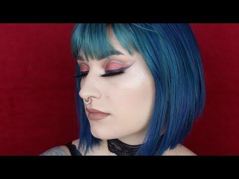 Dramatic Red Cut Crease | Tarte Chrome Paints