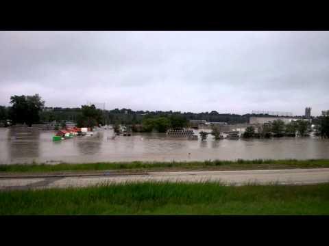 Calgary YYC flood update
