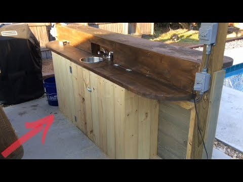 Outdoor Kitchen - DIY cabinet door install