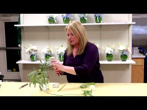 How To Make A Boutonniere For Prom: Rohnert Park Florists