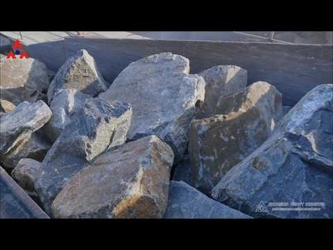 The jaw crusher and vibrating feeder together can make big stone to small