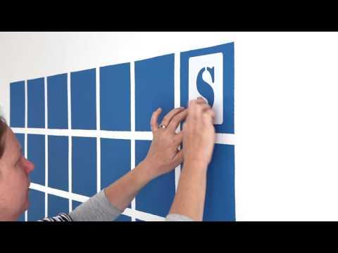 Create a wall calendar with chalk paint
