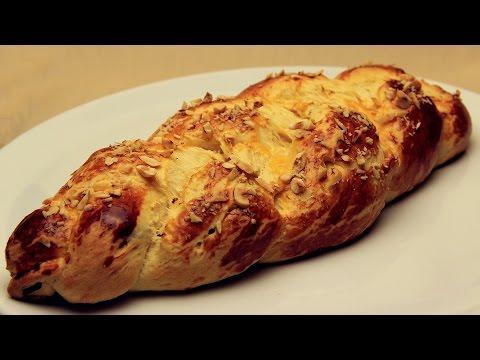 Sweet Raisin Tsoureki Recipe - Turkish Easter Bread
