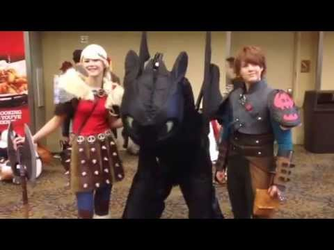 Cosplay Toothless How To Train Your Dragon Phoenix Comicon 2015