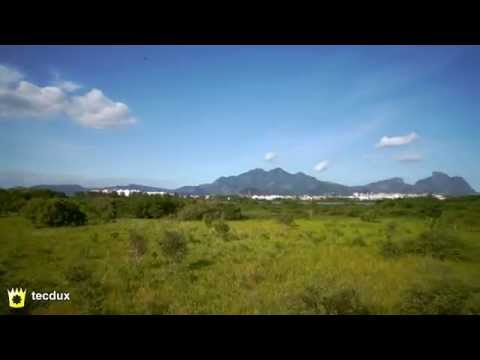 Flying with a Sony Nex5 in a X8 Octocopter