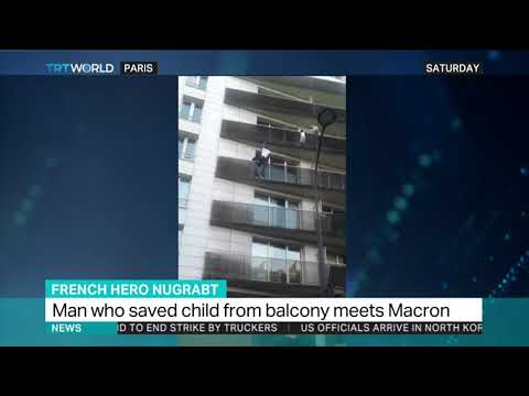 Man who saved Paris child to become French citizen