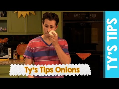 STOP CRYING! How to Cut an Onion Without Tears