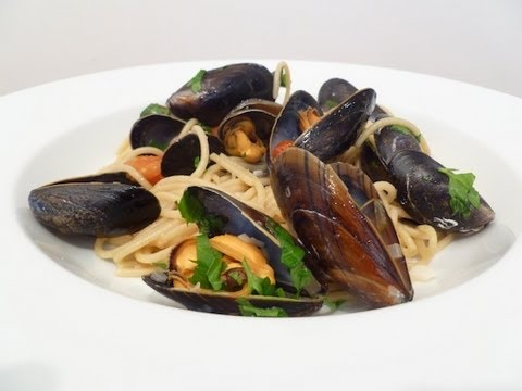 Spaghetti alle Vongole Cook-Along Video Part 2