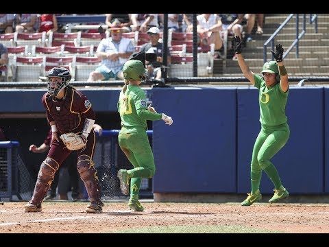 Highlights: Oregon softball slugs its way past Arizona State in Women's College World Series opener