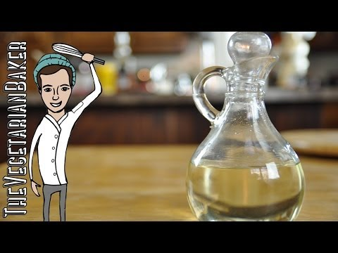 How to Make Simple Syrup (Back to Basics) (TheVegetarianBaker)