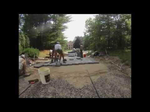 Installing Concrete Paver Driveway (Time Lapse)