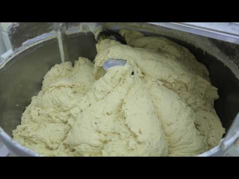 Lebanese Bread: How it's Made